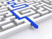 基幹システムのリプレース、最後の難題を解決するアプローチ